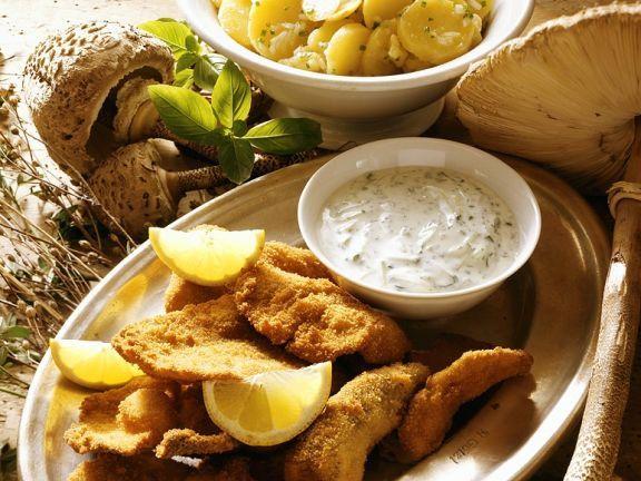 Panierter Parasol ist ein Rezept mit frischen Zutaten aus der Kategorie Kartoffelsalat. Probieren Sie dieses und weitere Rezepte von EAT SMARTER!