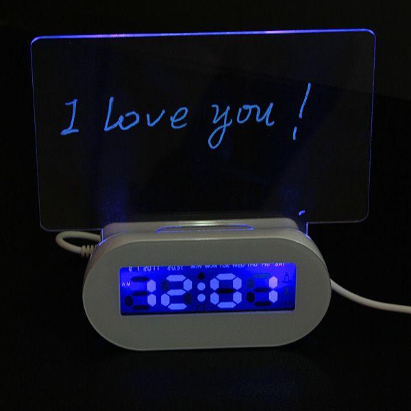 LED Fluorescente Foro luminoso reloj de alarma de 4 puertos hub usb