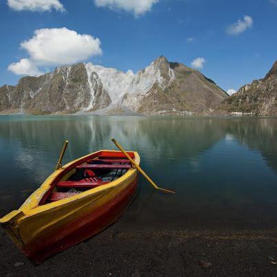 Le Mont Pinatubo aux Philippines - #Pinatubo #Philippines - http://worldwildbrice.net/