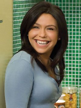 Rachael Ray is successful in print and on television.  She has her own magazine, several programs on the Food Network and heads several charitable organizations.  Great person; wonderful chef!