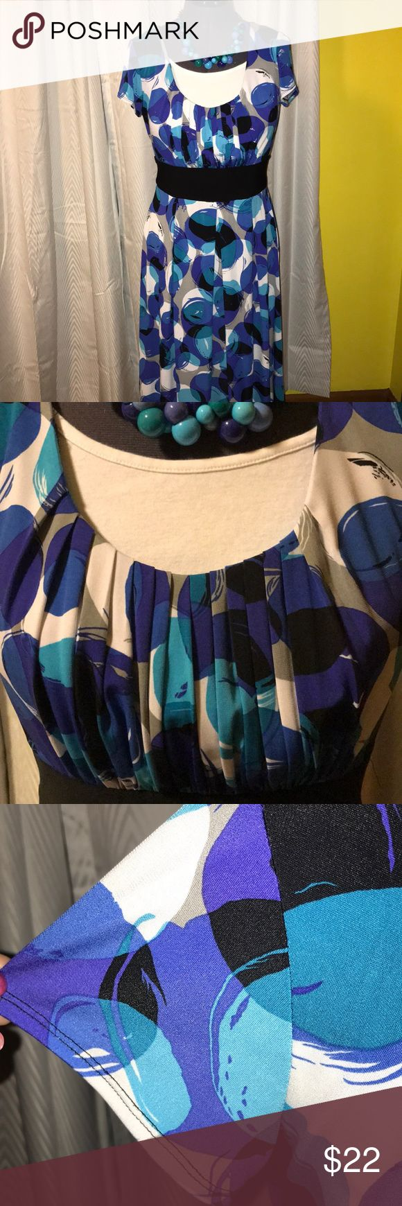 """Colorful dress with sash waist, sz 10 Dress Barn poly dress, size 10, pullover style, sash ties in back. Excellent used condition. Smoke & pet-free. Length is apx 41.5"""" shoulder to hem. In the picture, a white tank top is layered under the dress. The white panel is not part of the dress. The white tank top is common in my pictures to help show where the piece of clothing ends and the dark-colored mannequin/form begins. Dress Barn Dresses Midi"""