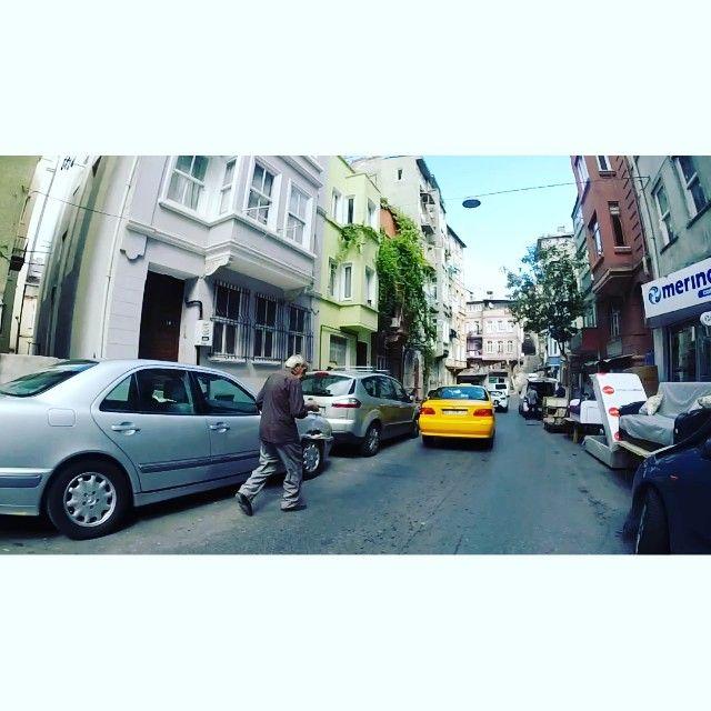 İstanbul - Tarlabasi