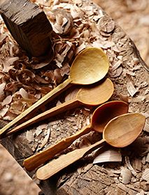 Smooth, mellow wood spoons by Robin Wood (copyright HomesGardens IPCMedia)
