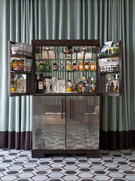 At Miami Beach's exclusive Soho Beach House, pre-party cocktails come courtesy of your very own bartender.