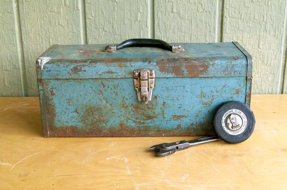 Distressed MidCentury Metal Toolbox Shabby by leapinglemming