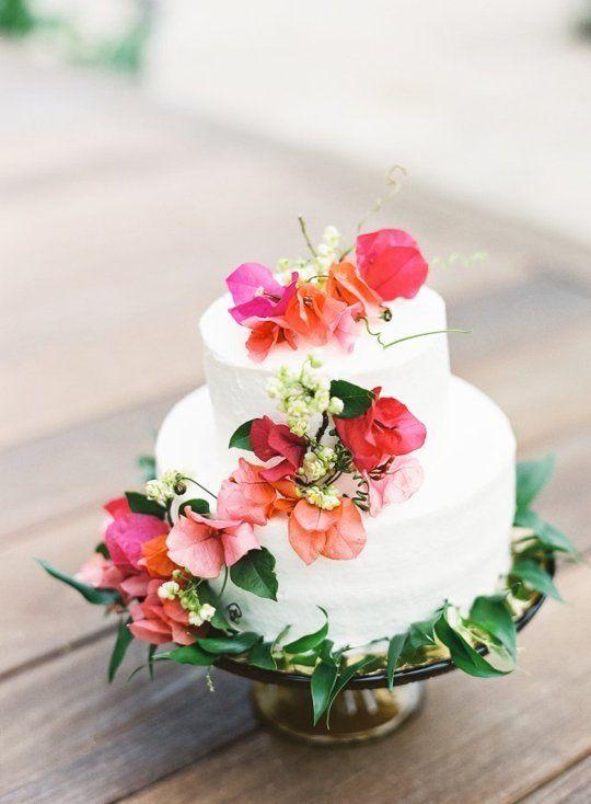 Gateau de mariage fleuri 15