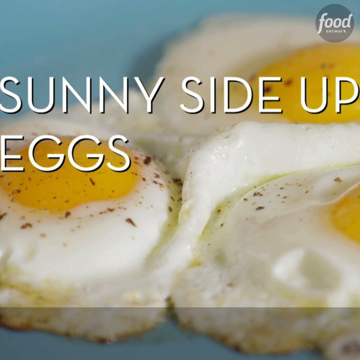 These step-by-step tips will teach you how to make fried eggs that are perfect every time, whether you like them sunny-side up or over easy.