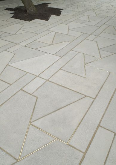 The floor tile design is interesting and maybe worth noting for the pillar design, to be incorporated  in some way.