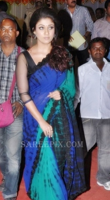 Nayanatara-saree-Nandi-awards-2013