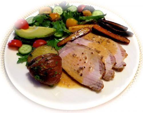Rôti de longe de porc aux 2 moutardes  de Puce313 - Rôti de longe de porc aux 2 moutardes  Préparation:  15 min. Cuisson:  1 hre Portion:  4 à 6  1 c. à soupe de beurre 1 1/2 lb. de rôti de long...