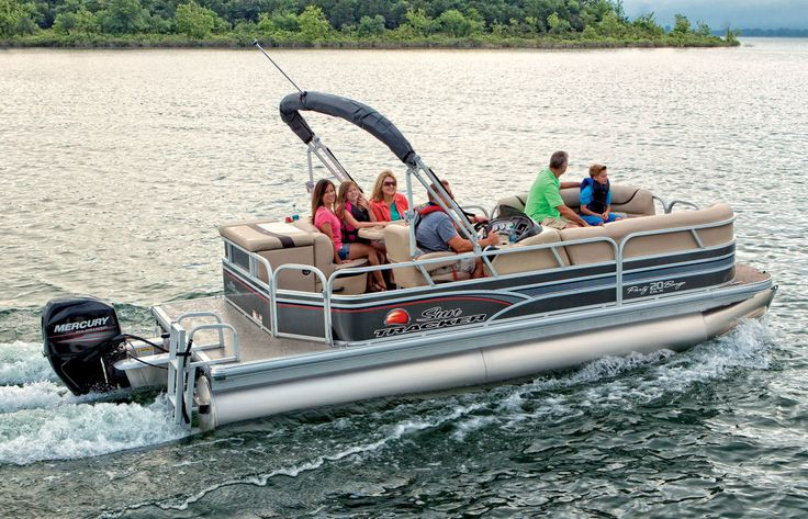 The Sun Tracker Party Barge 20 DLX can hold a small party with a person capacity of 10 people or a weight capacity of 1,900 lbs. (862 kg).