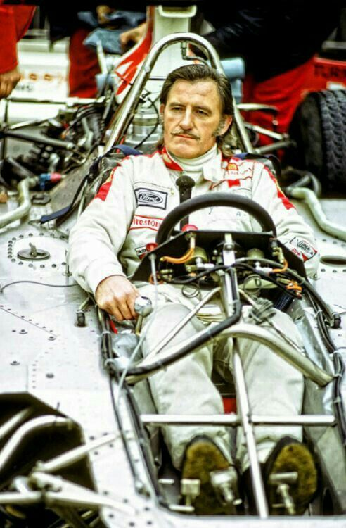 Without the bodywork you can see how dangerous F1 cars of the 1970's were and why so many drivers lost there lives!