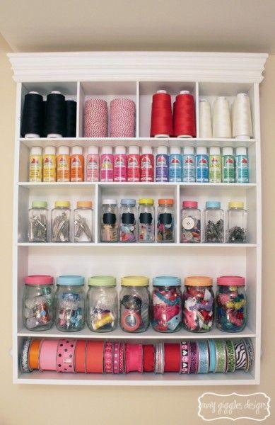 Artesanía Organización de habitaciones con pintadas tarros de albañil | www.amygigglesdesigns.com