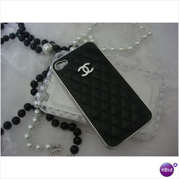 Chanel iPhone Case!: Iphone Cases, Iphone 4S, Leather Fashion, Custom Leather, Fashion Chanel, Chanel Iphone, Leather Cases, Cc Iphone, Tech Accessories