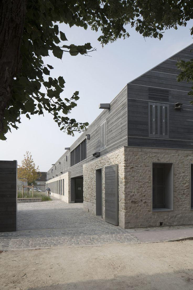 Information Centre for the Parc Naturel Régional Du Gâtinais,Courtesy of JOLY&LOIRET