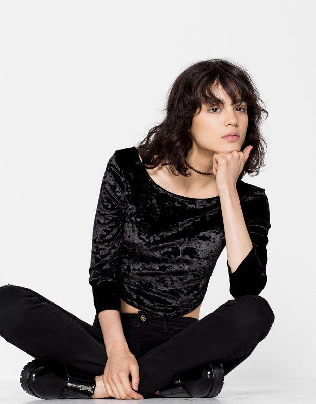 Long sleeve velvet top - Velvet Vibes - Trends - Woman - PULL&BEAR Ukraine