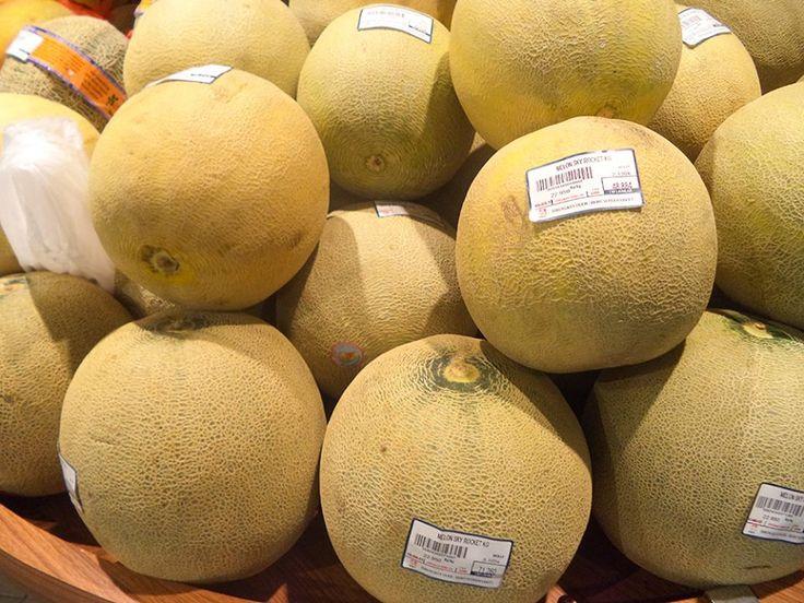 Bagi Anda yang sedang hamil, Melon haruslah dikonsumsi karena mampu rasa mual yang disertai pusing  Selain baik untuk Ibu Hamil, Buah Melon juga bisa Anda sajikan sehari-haro atau ketika Paskah nanti. Temukan buah melon segar dengan kualitas terbaik di store Hero Supermarket #InfoHero