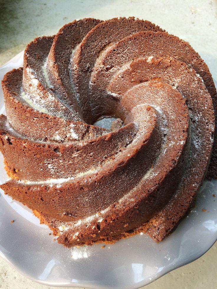 Mars Tulband Taart Deze Mars tulbandtaart van monchou is een genot voor het oog en de mond. Deze mooie tulband taart, heeft een chocolade smaak, met de na smaak van een mars. Dus het heerlijke zoete snoepje nu in vorm van een taart. Wat wil je nog meer?