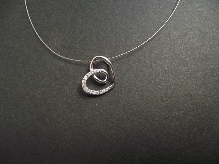 Τα πάντα για τα ασημένια κοσμήματα ασ. σκουλαρίκια βραχιόλια στο http://amalfiaccessories.gr/asimenia-kosmimata/ …