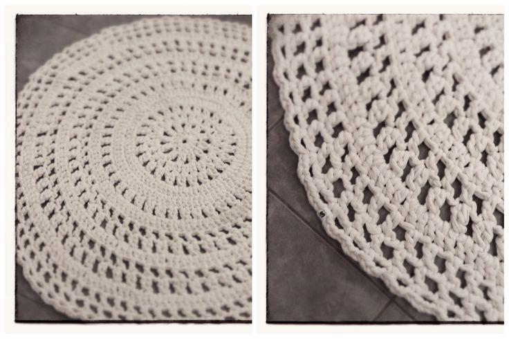 Iso virkattu matto ystävälle. Crochet rug.