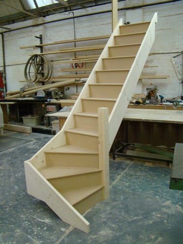 Best To The Basement Staircase 3 Winder Any Size 1 Turn 400 x 300