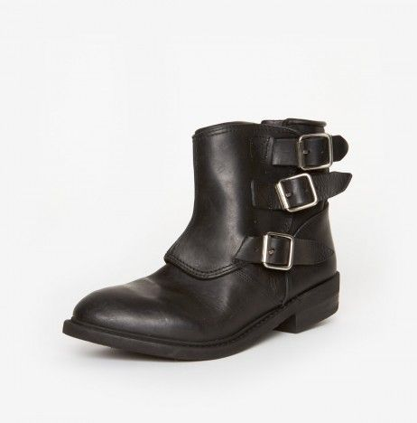 Noha Boots by Golden Goose
