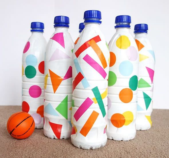 Brincadeira para o Dia das Crianças com garrafas PET – Boliche com Reciclagem