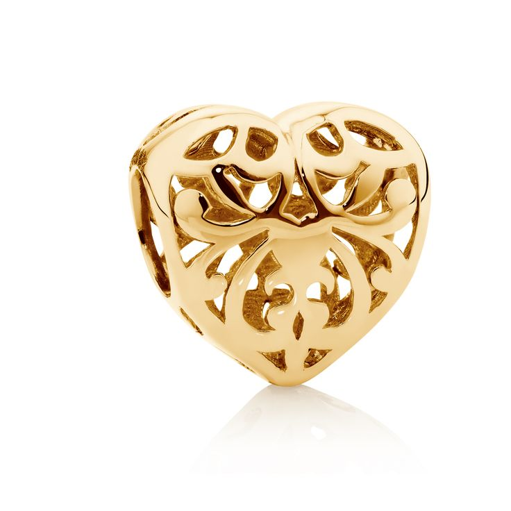 10ct gold filigree heart charm. #emmaandroe #valentinesday #heart