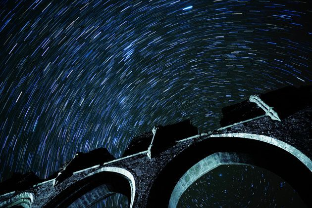 Long exposure shot showing star trails (Andrew Whyte) How to guide: Star photography