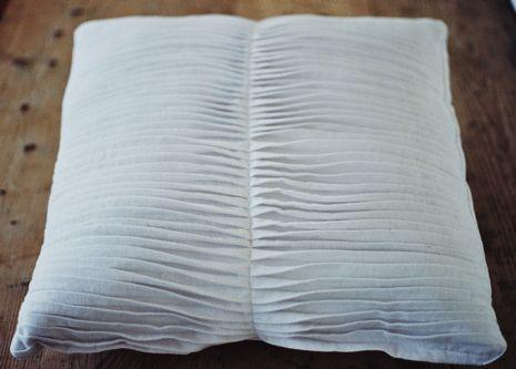 pleated cushion: Fabric manipulation: Ruth Singer