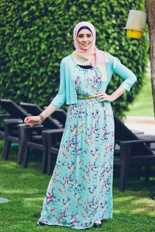 stylish chiffon maxi dresses with cardigans Delicate hijab designs for women http://www.justtrendygirls.com/delicate-hijab-designs-for-women/