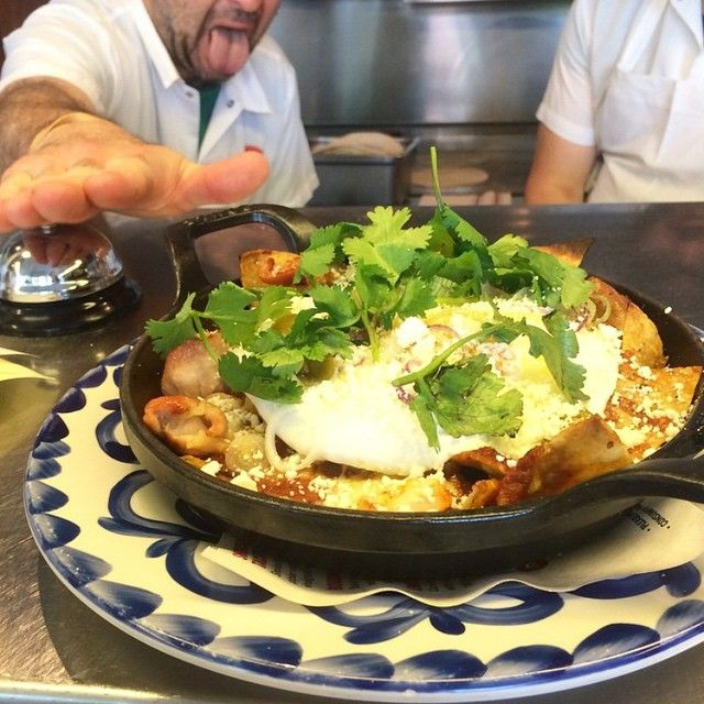 We're solving life's little problems for you. Example: What to eat for #brunch today? Answer: @doveschicago has chilaquiles with smoked chicken, salsa roja, cheese, and an egg. #Chicago #food #breakfast #instafood #instagood #instafood #chicagofood #chicagofoodmag