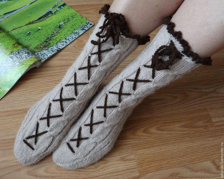 Купить Альпийские, да со шнуровочкой! Носки вязаные, шерстяные носки, дома - бежевый, деревенская пряжа