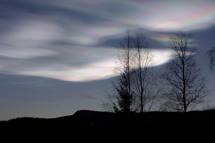 Vertical aurora borealis by Lidia, Leszek Derda on 500px