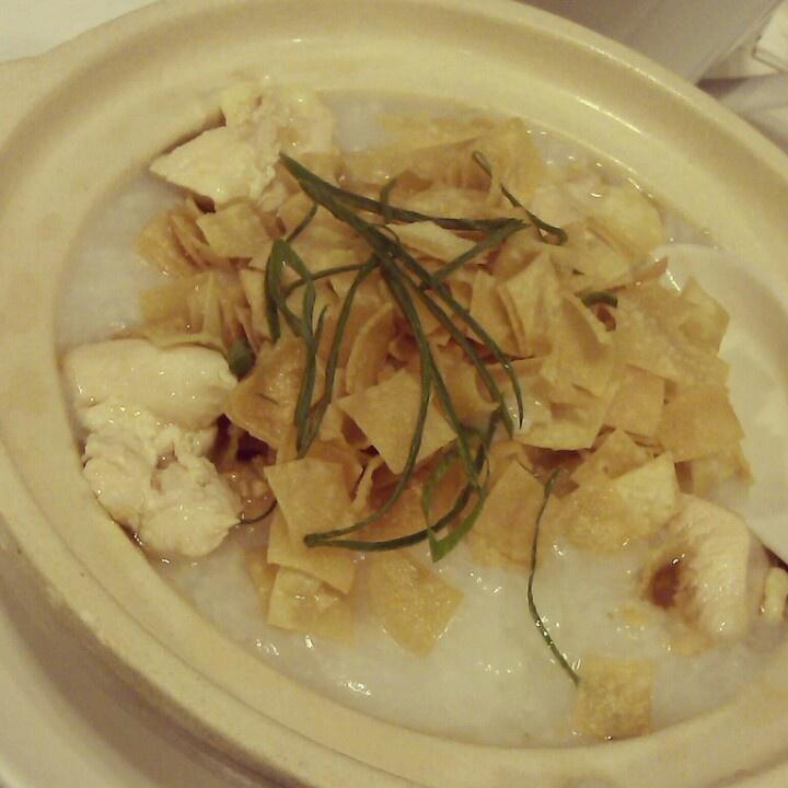 Bubur Ayam Molis Resto