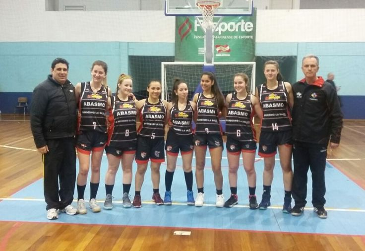 O basquete feminino de São Miguel do Oeste, representado pela Abasmo/Fumdesmo/La Salle Peperi, está entre as quatro finalistas dos Joguinhos Abertos de Santa Catarina que está sendo realizado na ci