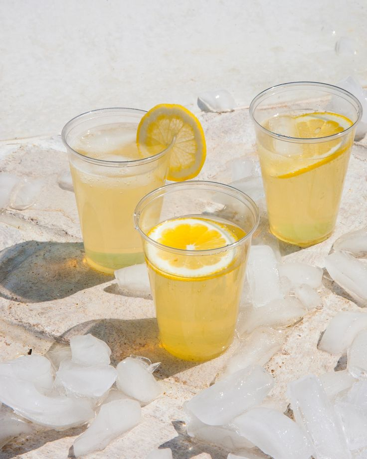 Craving the slightly sparkling hard lemonade of summers past? Happily they can be recreated with ingredients in your pantry and bar cabinet. This wine spritzer melds candy-coated flavor with a grown-up palate. Homemade wine coolers are a cinch to make, and they couldn't be more delicious! You need a cocktail recipe like this one in your summer rotation of alcoholic drinks. It's kind of like a fancy lemon mimosa. You'll need: lemonade, limoncello, Cointreau, dry sparkling wine (like Cava).