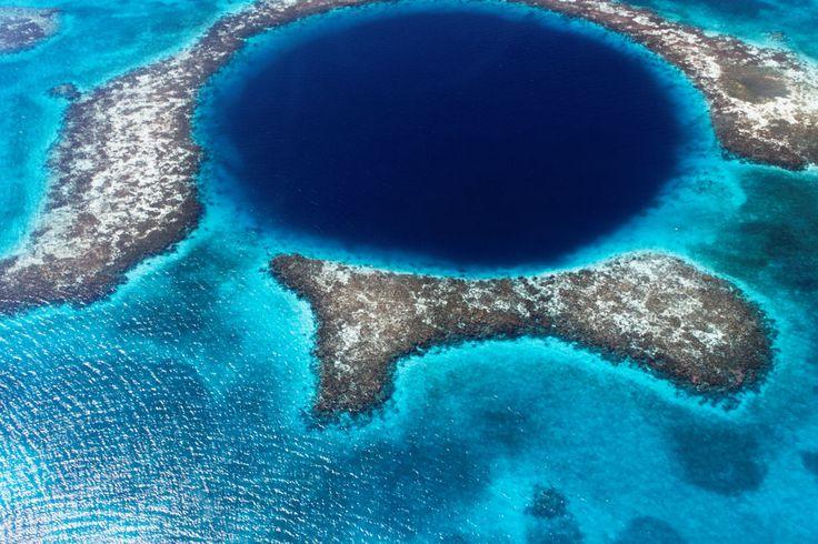 le grand trou bleu au bélize