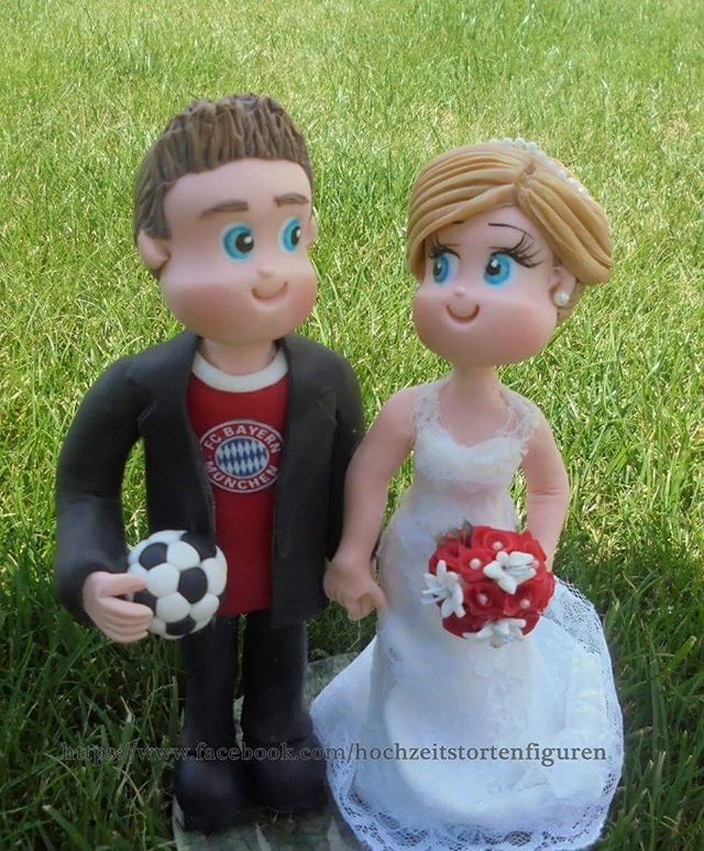https://www.facebook.com/hochzeitstortenfiguren #bayernmünchen #fcbayern #bayern #fcbayernmünchen #fussball #fußball #tortenfiguren #brautfigur #hochzeit #hochzeitstorten  #hochzeitstortenfiguren #wedding #weddingscake #brautpaar #brautpaarefiguren #unikat #hochzeitsidee  #caketopper #bride  #novios #hochzeitsfotograf #hochzeitskleid #hochzeitsfotos  #weddingday #weddingplanner #hochzeitsplaner #porcelanafria #fimo  #coldporcelain #biscuit