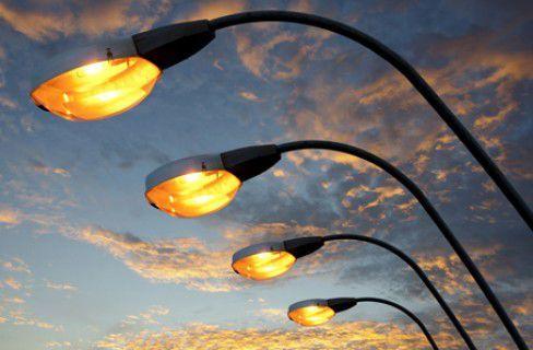 Illuminazione smart per risparmiare 400 milioni di euro. La piattaforma ENEA per l'#EfficienzaEnergetica