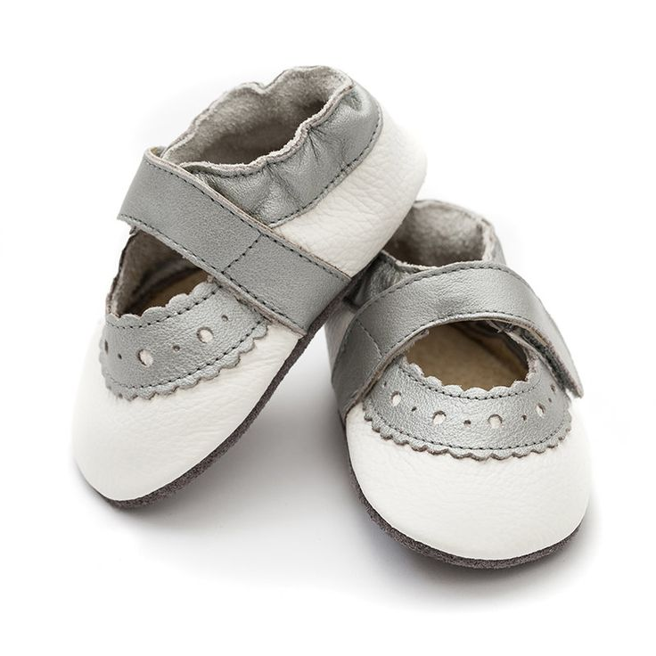 Sahara White  http://www.liliputibabycarriers.com/soft-leather-baby-sandals/sahara-white