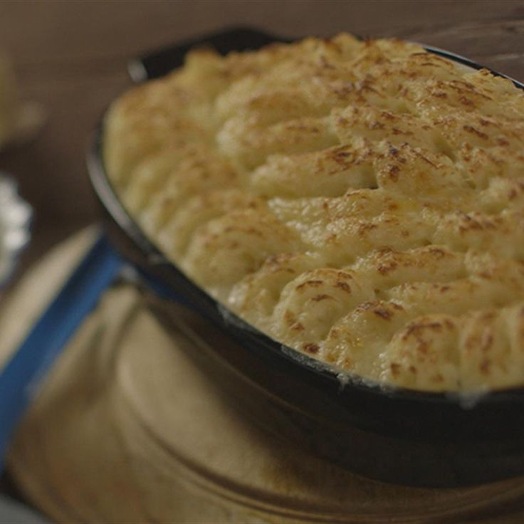 Try this Classic Fish Pie with Peas recipe by Chef James Martin. This recipe is from the show James Martin's Home Comforts.