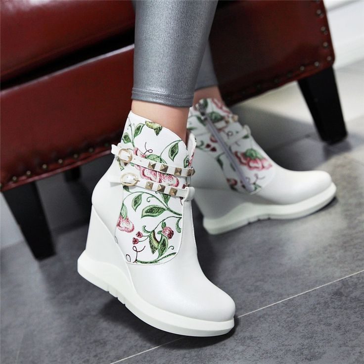 Buy New autumn and winter boots martin boots retro chinese nail rivet slope with high heels shoes boots side zipper boots duantong in Cheap Price on m.alibaba.com