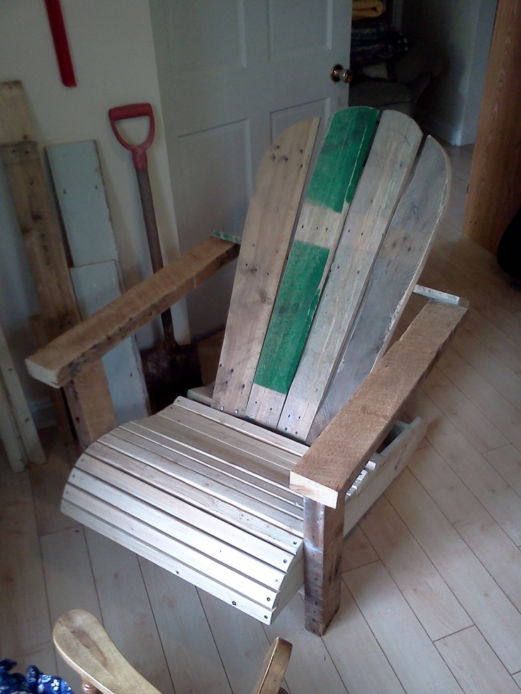 Woodworking pallets reclaim cape cod chair made for What can you make with recycled pallets