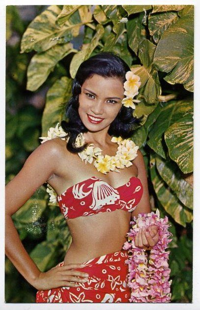tahiti girls   Tahitian girl wearing the beautiful black pearls of Tahiti