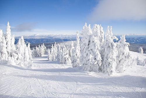Martin Hunter from Kamloops, British Columbia provides this beautiful winter scene. Ski season is here again.
