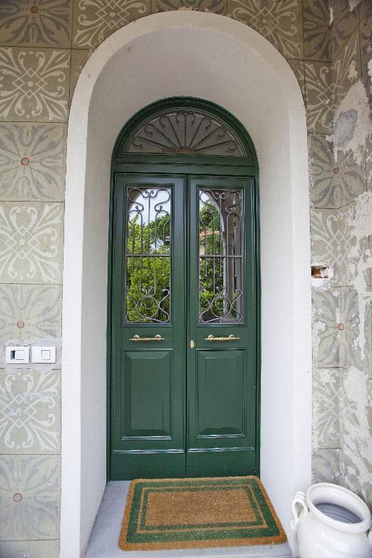 Oltre 25 fantastiche idee su finestre ad arco su pinterest - Porte ad arco ...