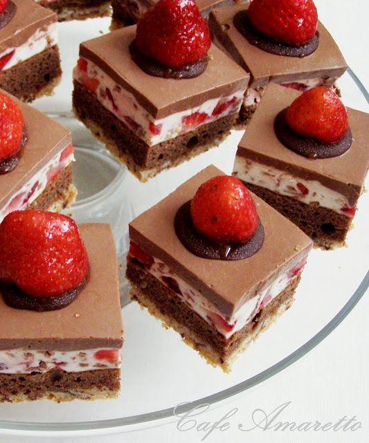 Ciastka truskawkowo-czekoladowe @cafeamaretto