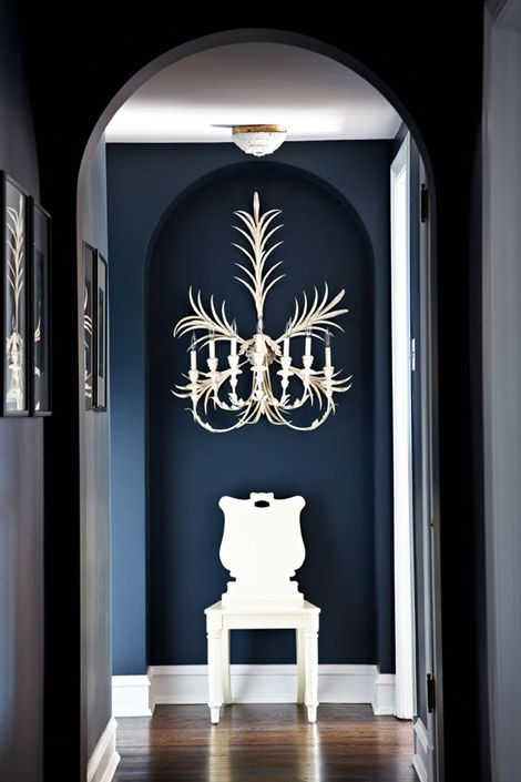 Dramatic entry .. hello wall sconce!