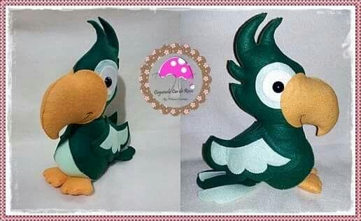 Papagaio de feltro molde